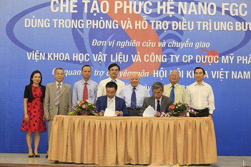 Việt Nam chế tạo thành công CumarGold Kare chứa phức hệ Nano FGC cho bệnh nhân ung bướu