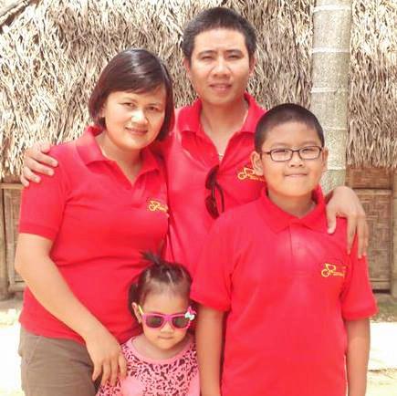 Chắp cánh ước mơ trở thành bác sĩ của thiên thần 6 tuổi từng mắc ung thư lạ